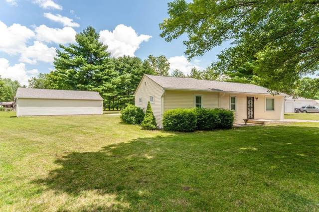 7962 E Old State Road 144, Mooresville, IN 46158 (MLS #21795764) :: Richwine Elite Group