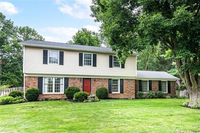 10612 E Lakeshore Drive, Carmel, IN 46033 (MLS #21795845) :: The Indy Property Source