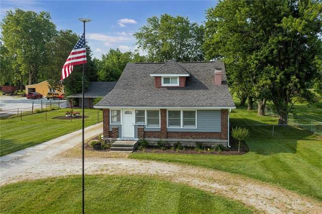 6433 E Hanna Avenue, Indianapolis, IN 46203 (MLS #21795880) :: AR/haus Group Realty