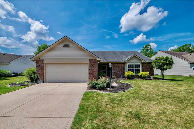 147 Brooks Bend, Brownsburg, IN 46112 (MLS #21795909) :: Mike Price Realty Team - RE/MAX Centerstone