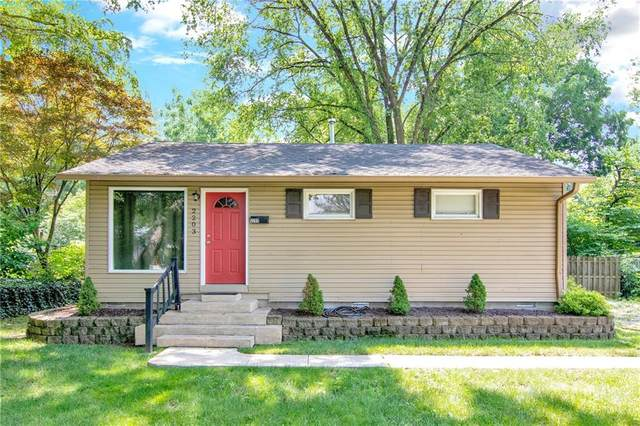 2203 E 67th Street, Indianapolis, IN 46220 (MLS #21796345) :: Heard Real Estate Team | eXp Realty, LLC