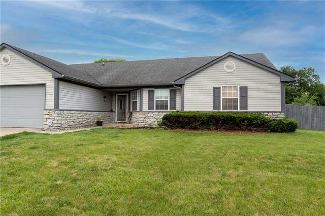 3312 Maumee Court, Indianapolis, IN 46235 (MLS #21796812) :: Mike Price Realty Team - RE/MAX Centerstone