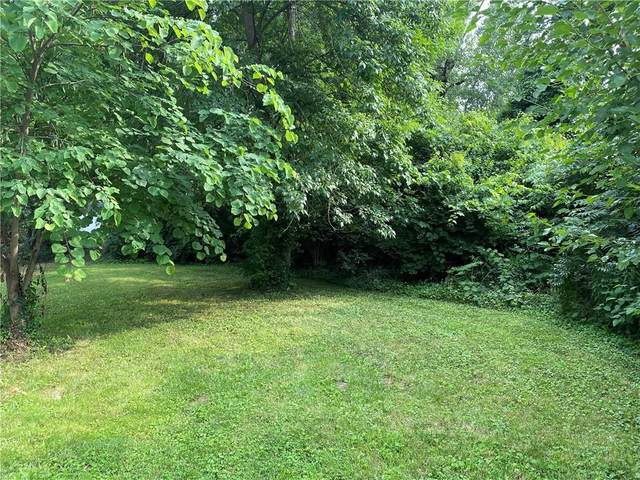 3217 W 48th Street, Indianapolis, IN 46228 (MLS #21796866) :: Dean Wagner Realtors