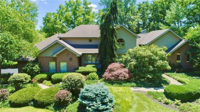 2213 E Canterbury Court, Martinsville, IN 46151 (MLS #21796867) :: Dean Wagner Realtors