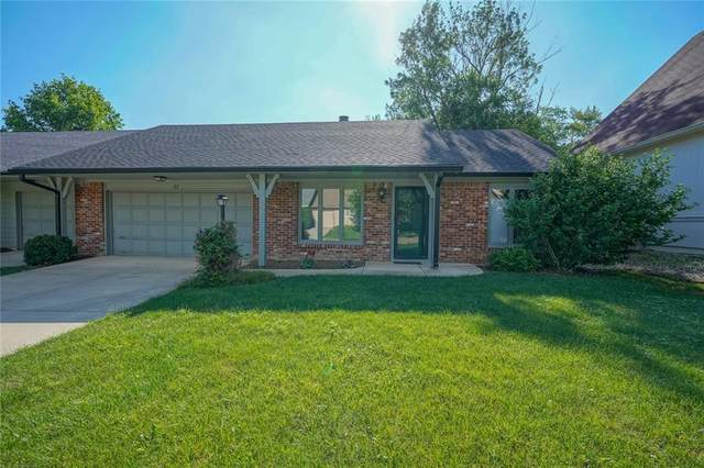 37 Woodacre Drive, Carmel, IN 46032 (MLS #21796961) :: Mike Price Realty Team - RE/MAX Centerstone