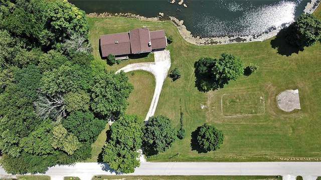 2659 E County Road 800 S, Clayton, IN 46118 (MLS #21797166) :: The Indy Property Source