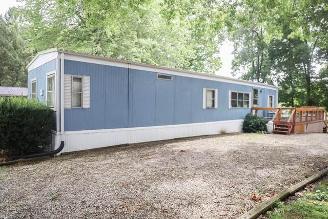 2714 Coventry Gardens Dr, North Vernon, IN 47265 (MLS #21797181) :: Pennington Realty Team
