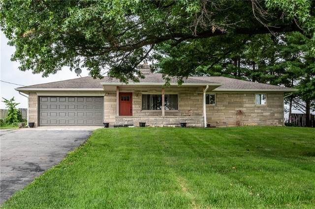 4742 N 525 E, Franklin, IN 46131 (MLS #21797359) :: The Indy Property Source