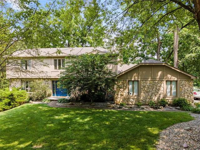 12227 Crestwood Drive, Carmel, IN 46033 (MLS #21797396) :: AR/haus Group Realty
