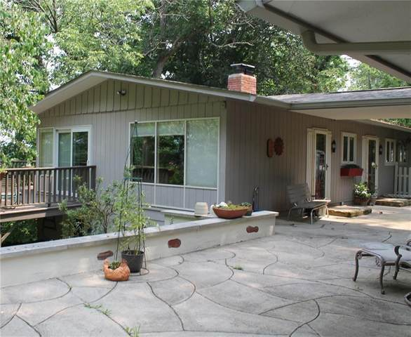 158 Town Hill Road, Nashville, IN 47448 (MLS #21797498) :: Mike Price Realty Team - RE/MAX Centerstone