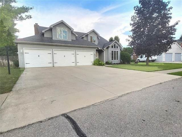 1069 Redwing, Columbus, IN 47203 (MLS #21797657) :: Mike Price Realty Team - RE/MAX Centerstone