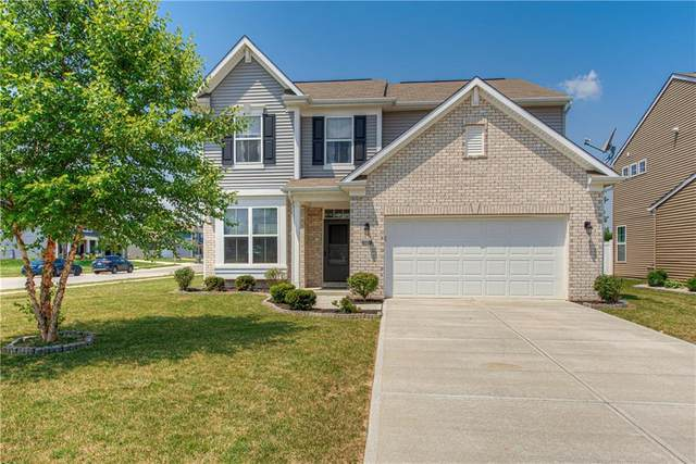 8450 Welder Place, Indianapolis, IN 46237 (MLS #21797819) :: Mike Price Realty Team - RE/MAX Centerstone