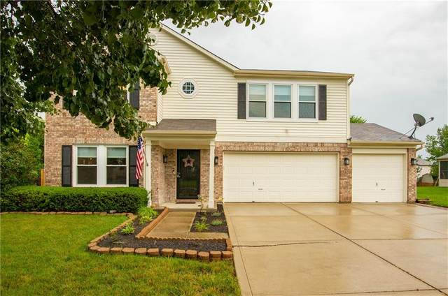15180 Porchester Drive, Noblesville, IN 46062 (MLS #21797884) :: Mike Price Realty Team - RE/MAX Centerstone