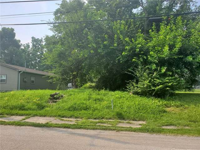 4031 E 28th Street, Indianapolis, IN 46218 (MLS #21797990) :: JM Realty Associates, Inc.