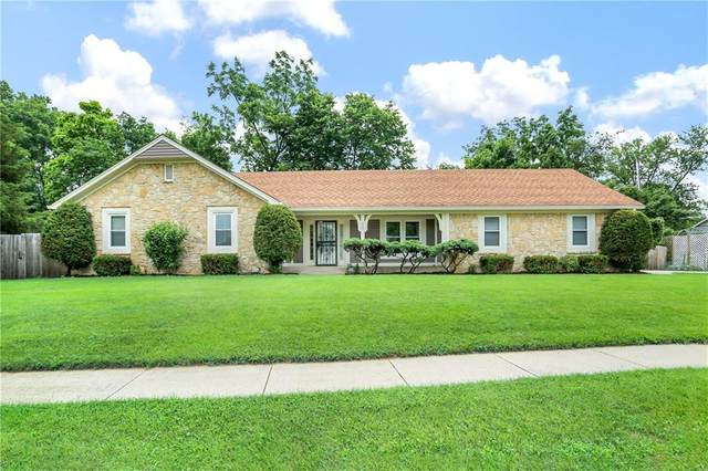 525 Thornberry Drive, Carmel, IN 46032 (MLS #21799149) :: AR/haus Group Realty