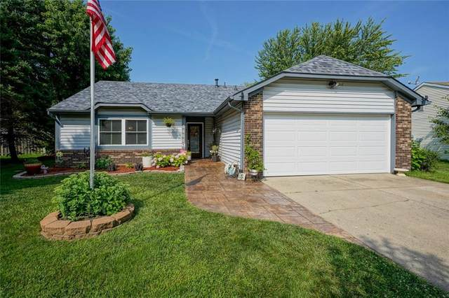 8558 Castle Farms Road, Indianapolis, IN 46256 (MLS #21799160) :: Mike Price Realty Team - RE/MAX Centerstone