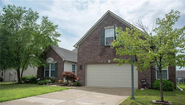 1545 Old Thicket Court, Greenwood, IN 46143 (MLS #21799852) :: Dean Wagner Realtors