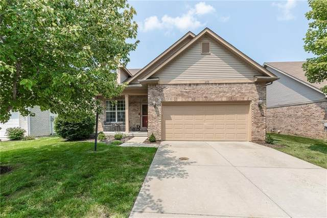 6938 Harbour Woods Overlook, Noblesville, IN 46062 (MLS #21800130) :: Mike Price Realty Team - RE/MAX Centerstone