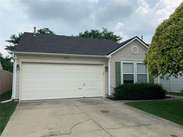12701 Crescent Drive, Carmel, IN 46032 (MLS #21800144) :: The Evelo Team