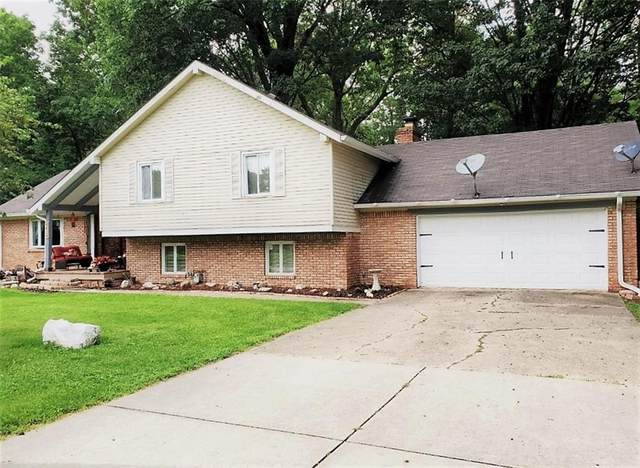 4404 Devon Lake Road, Indianapolis, IN 46226 (MLS #21800158) :: AR/haus Group Realty