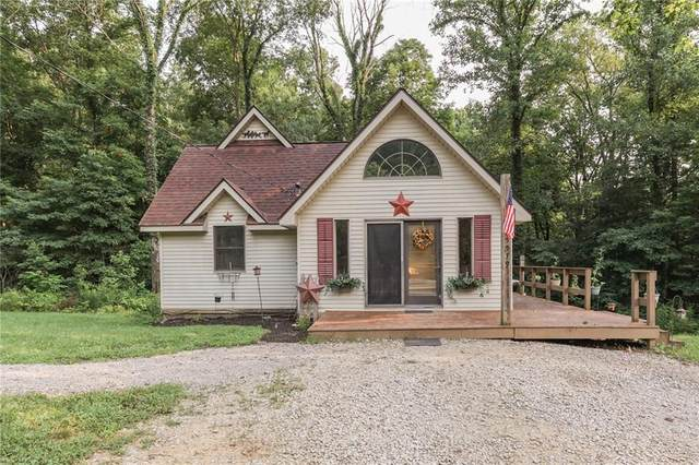5579 Poff Road, Martinsville, IN 46151 (MLS #21800265) :: AR/haus Group Realty