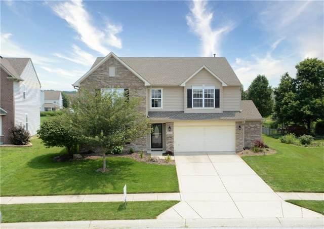 7611 Shasta Drive, Indianapolis, IN 46217 (MLS #21800352) :: Mike Price Realty Team - RE/MAX Centerstone