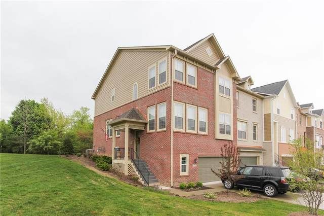 101 Wakefield Way, Zionsville, IN 46077 (MLS #21800382) :: Mike Price Realty Team - RE/MAX Centerstone