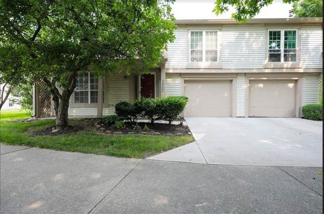 7853 Hunters Path, Indianapolis, IN 46214 (MLS #21800474) :: The Indy Property Source