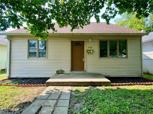 1639 Comer Avenue, Indianapolis, IN 46203 (MLS #21800499) :: Mike Price Realty Team - RE/MAX Centerstone