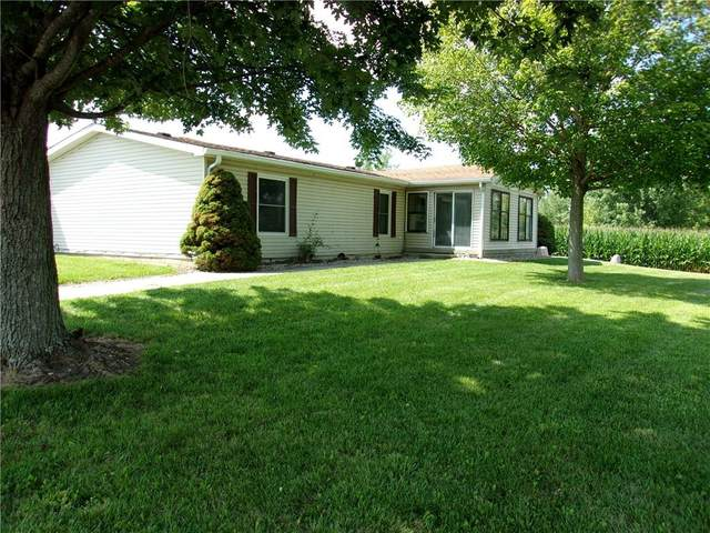 7860 S County Road 300 West, Clayton, IN 46118 (MLS #21800574) :: Pennington Realty Team