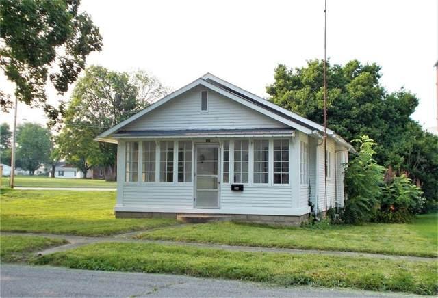 116 E Hoosier Street, North Vernon, IN 47265 (MLS #21800690) :: AR/haus Group Realty