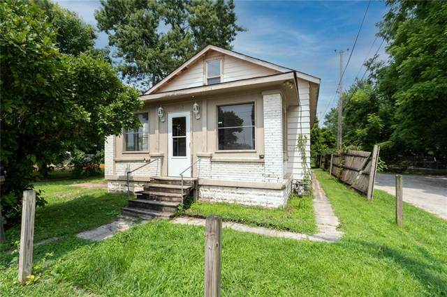 2007 N Oxford Street, Indianapolis, IN 46218 (MLS #21800924) :: The Indy Property Source