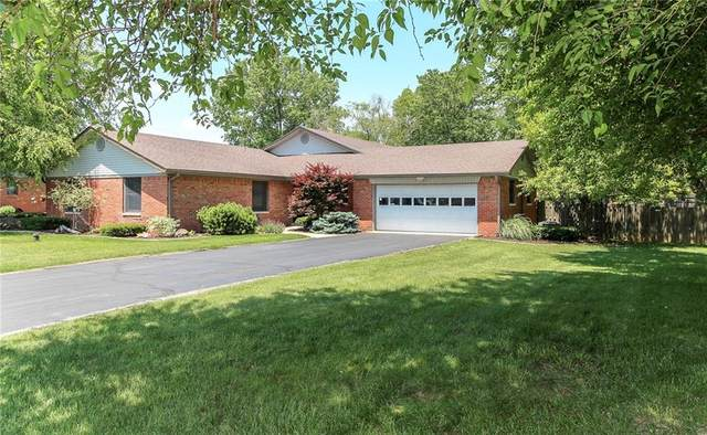 2990 Lynwood Drive, Danville, IN 46122 (MLS #21800936) :: The Indy Property Source