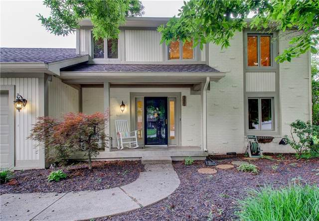521 Deerberry Drive, Noblesville, IN 46062 (MLS #21800966) :: AR/haus Group Realty