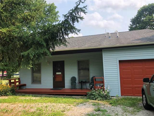 10105 E. County Road 167 S, Selma, IN 47383 (MLS #21800975) :: The ORR Home Selling Team