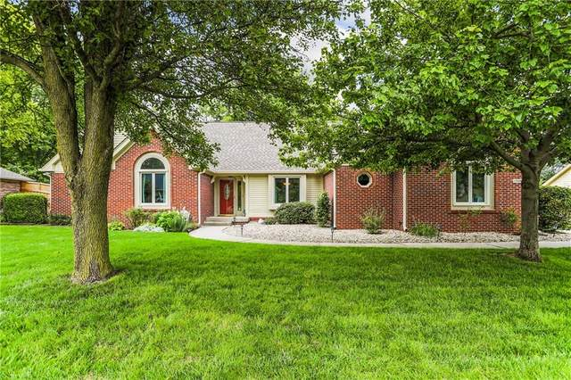 1704 Iron Liege Road, Indianapolis, IN 46217 (MLS #21801042) :: AR/haus Group Realty