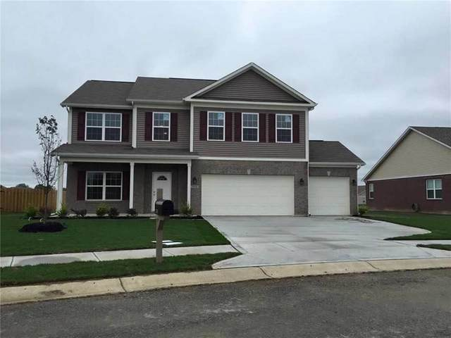 3350 S Dendle Drive, New Palestine, IN 46163 (MLS #21801112) :: The Indy Property Source