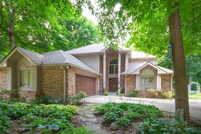 7504 Runningbrook Court, Indianapolis, IN 46254 (MLS #21801246) :: AR/haus Group Realty