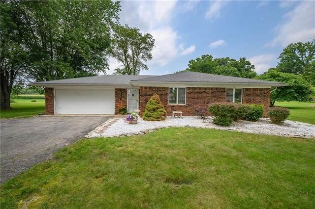 3414 E 150 S, Franklin, IN 46131 (MLS #21801263) :: The Indy Property Source