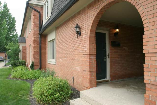8508 Canterbury Square E, Indianapolis, IN 46260 (MLS #21801345) :: The Indy Property Source