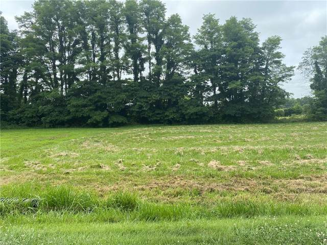 1595 N Cowlitz Trail, Greensburg, IN 47240 (MLS #21801653) :: The Indy Property Source