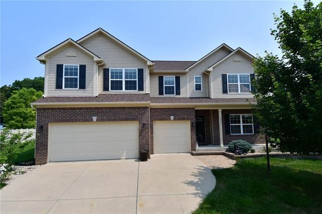 8406 Belmont Drive, Avon, IN 46123 (MLS #21801717) :: The Indy Property Source