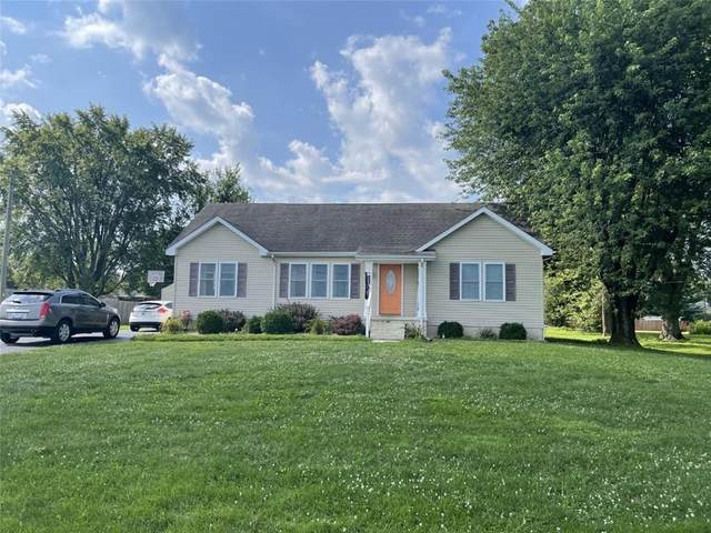 8107 E 300 N, Seymour, IN 47274 (MLS #21802005) :: The Indy Property Source