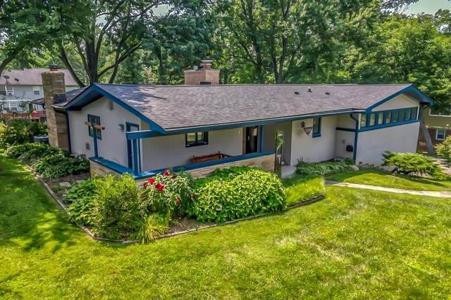 3735 E Cheviot Place, Indianapolis, IN 46205 (MLS #21802022) :: The Indy Property Source