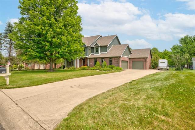 739 N Raven Field Court, Greenfield, IN 46140 (MLS #21802030) :: AR/haus Group Realty