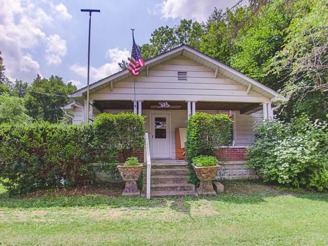 625 & 621 Doran Avenue, Shelbyville, IN 46176 (MLS #21802158) :: The ORR Home Selling Team