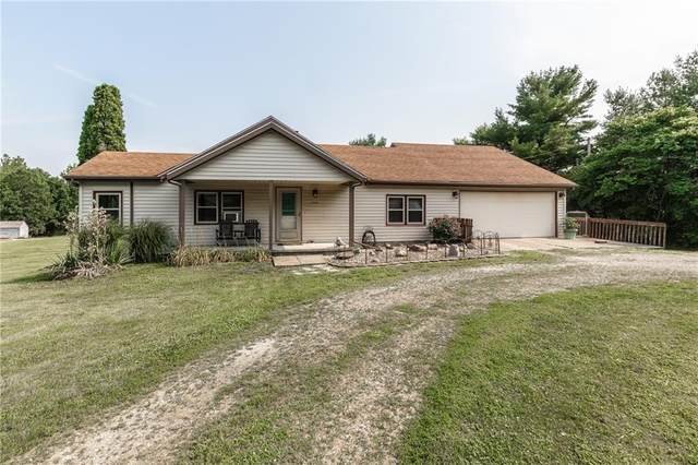 5220 E County Road 500 N, Albany, IN 47320 (MLS #21802171) :: The ORR Home Selling Team