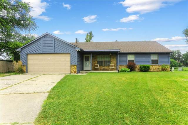 8712 Pleasant Lake Circle, Indianapolis, IN 46227 (MLS #21802255) :: Mike Price Realty Team - RE/MAX Centerstone
