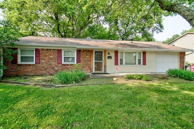 10218 E Heather Hills Road, Indianapolis, IN 46229 (MLS #21802338) :: Anthony Robinson & AMR Real Estate Group LLC