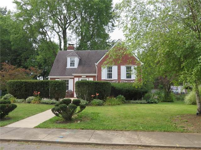 1733 W 11th Street, Anderson, IN 46016 (MLS #21802482) :: Mike Price Realty Team - RE/MAX Centerstone